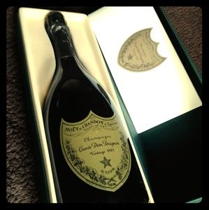 1993 Moët & Chand 1993 Moët & Chandon Champagne Cu